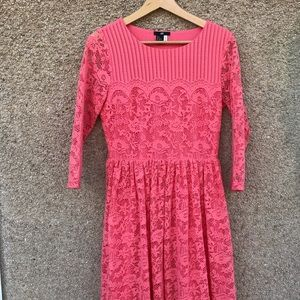 H&M coral pink lace dress. Fit/flare small